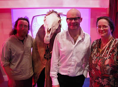 Knobbin 'Oss the Hobby Horse with Harry Hill from TV Burp